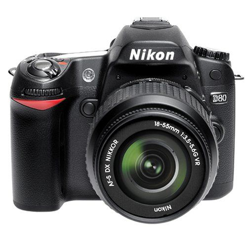 Nikon D80 (AF-S Dx 18-55mm VR LENS KIT)