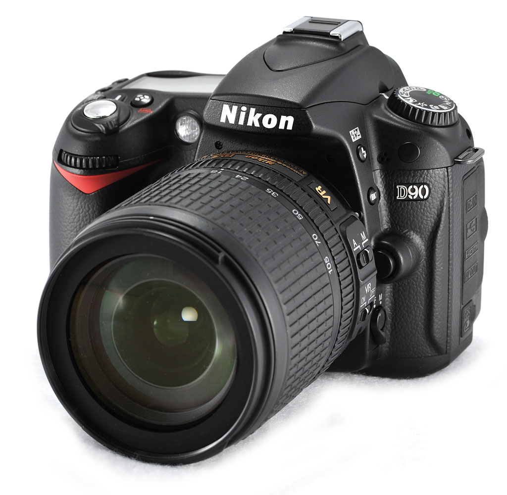Nikon D90 AF-S Dx with 18-105mm f 3.5-5.6G ED VR